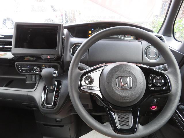 L ホンダセンシング 届出済未使用車 両側パワースライドドア スマートキー バックカメラ オートエアコン シートヒーター LEDライト(13枚目)