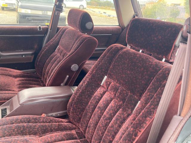 トヨタ クラウン ロイヤルサルーン 運転席パワーシート 17インチAW