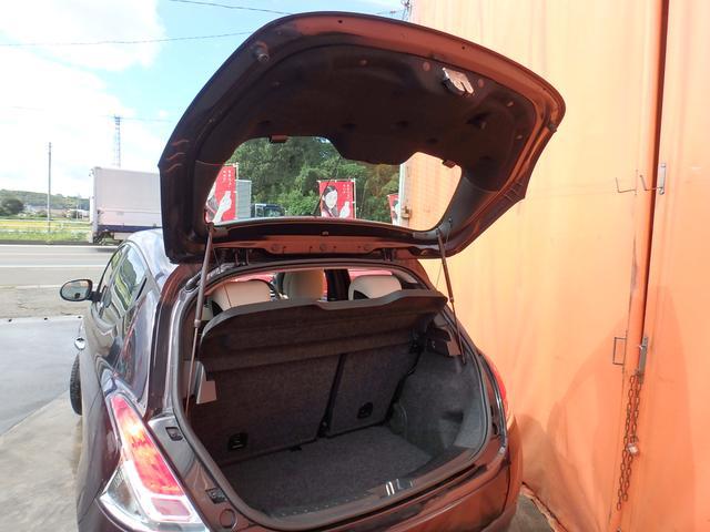 「ランチア」「ランチア イプシロン」「コンパクトカー」「熊本県」の中古車36