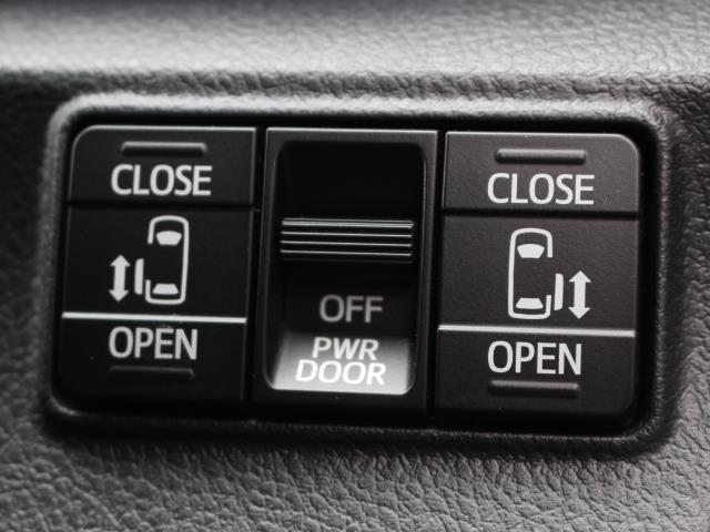 G クエロ ワンセグ メモリーナビ バックカメラ 衝突被害軽減システム 両側電動スライド LEDヘッドランプ 乗車定員7人 3列シート 記録簿(13枚目)