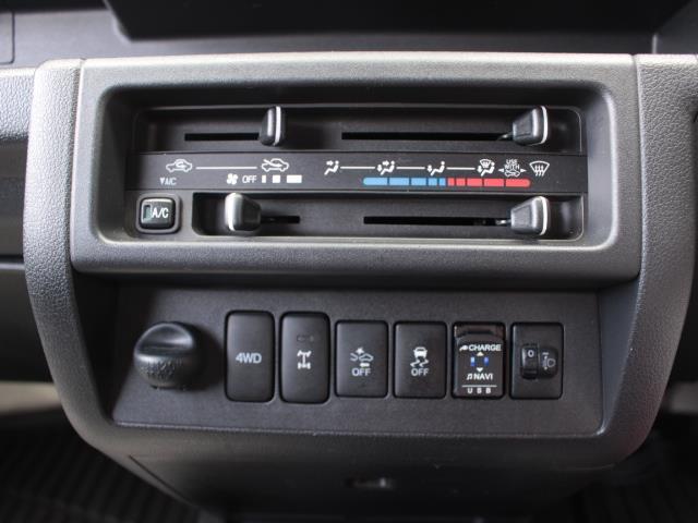 ジャンボSAIIIt 4WD フルセグ メモリーナビ DVD再生 衝突被害軽減システム ETC LEDヘッドランプ 記録簿(10枚目)