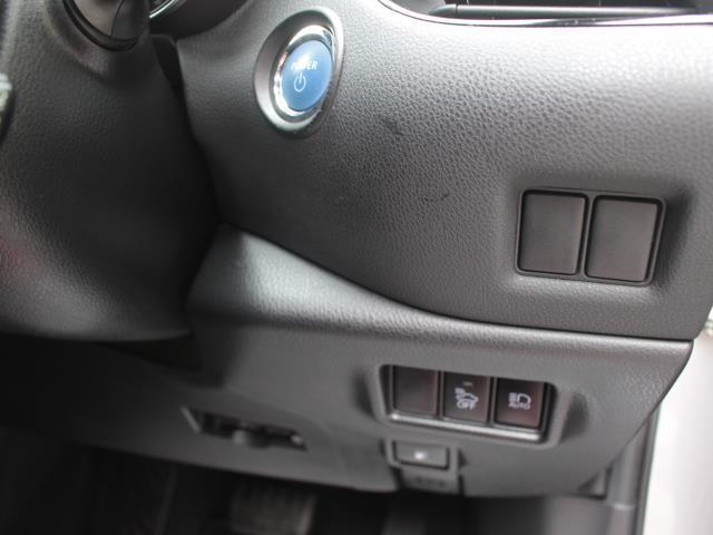 G フルセグ DVD再生 バックカメラ 衝突被害軽減システム ETC LEDヘッドランプ 記録簿(10枚目)