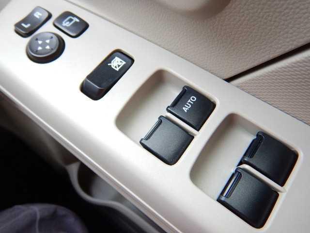 スズキ ワゴンR ハイブリッドFX アイドリングストップ