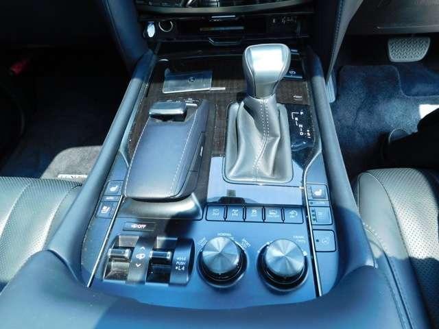 LX570 4WD アラウンドビューモニタ サンルーフ ナビTV DVD LEDヘッドライト シートヒーター クルーズコントロール パワーシート 純正21インチアルミ ETC(11枚目)