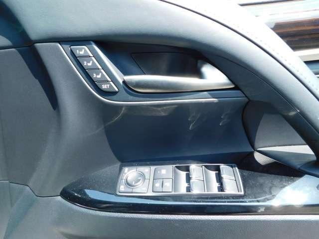 LX570 4WD アラウンドビューモニタ サンルーフ ナビTV DVD LEDヘッドライト シートヒーター クルーズコントロール パワーシート 純正21インチアルミ ETC(12枚目)