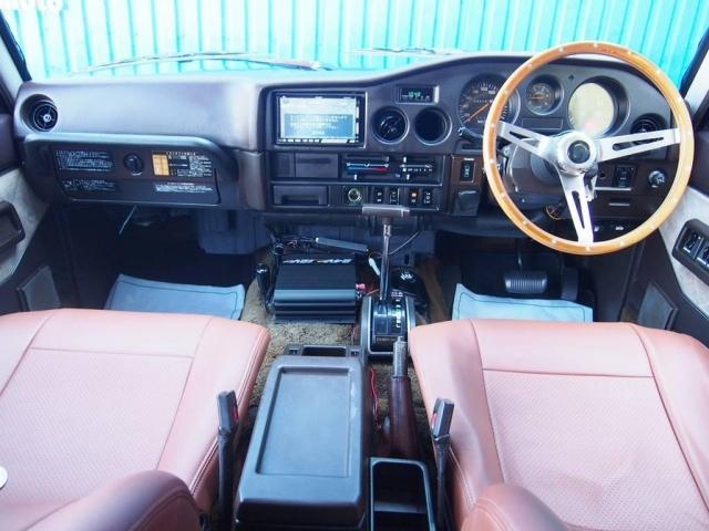 トヨタ ランドクルーザー60 4.0 VX ハイルーフ ディーゼルターボ 4WD 平屋根