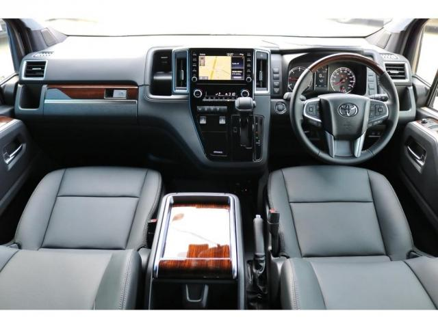 未登録新車 グランエース プレミアム 2800cc ディーゼルターボ 2WD 寒冷地仕様 6人乗り3ナンバー登録!