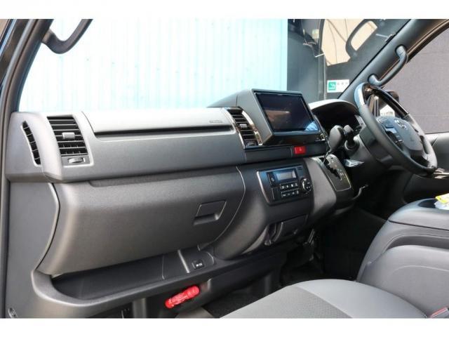 スーパーGL ダークプライムII 9インチサイバーナビ フリップダウン 車内Wifi 両側自動ドア(9枚目)