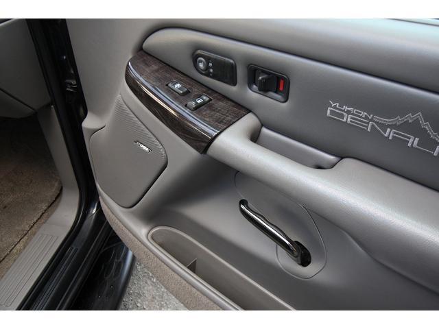 GMC GMC ユーコン デナリ 新車並行 22inメッキアルミ