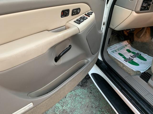 「シボレー」「シボレー サバーバン」「SUV・クロカン」「熊本県」の中古車27