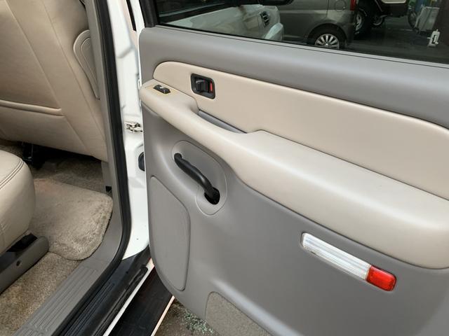 「シボレー」「シボレー サバーバン」「SUV・クロカン」「熊本県」の中古車30