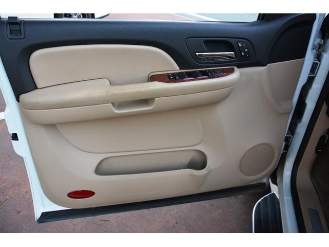 「シボレー」「シボレー サバーバン」「SUV・クロカン」「熊本県」の中古車15