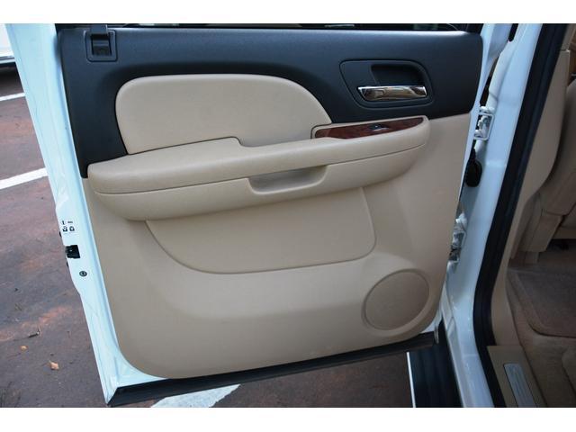 「シボレー」「シボレー サバーバン」「SUV・クロカン」「熊本県」の中古車33