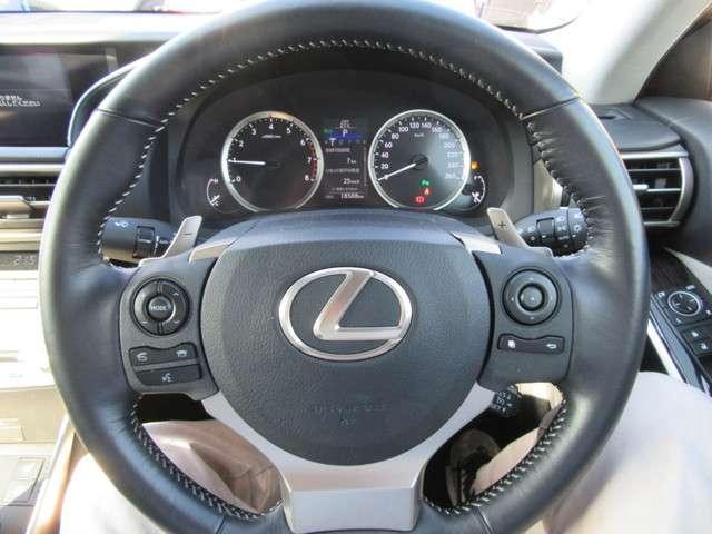 IS200t バージョンL ナビ12セグ ブルーレイ バックモニター HID LEDフォグランプ Cセンサー シートヒーター(6枚目)