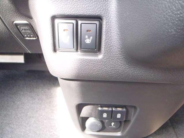 ハイブリッドXZ スズキSS 全M 2トーン 両側電動スライドドア リアパーキングセンサー シートヒーター(6枚目)