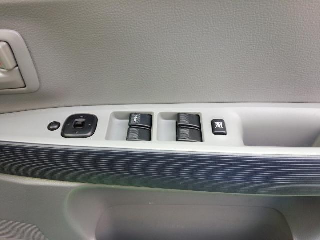 パワーウィンドスイッチも全席装備です!