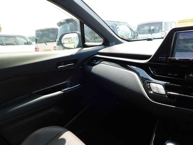 「トヨタ」「C-HR」「SUV・クロカン」「熊本県」の中古車19