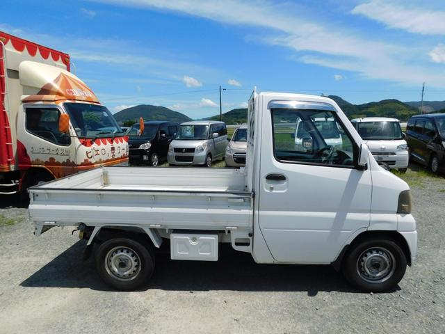 VX-SE エアコン・パワステ・4WD・MT5速・CD(4枚目)