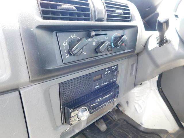 VX-SE エアコン・パワステ・4WD・MT5速・CD(17枚目)