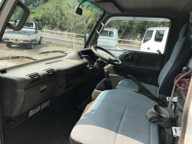 4WD 1.5t 平ボディ ディーゼル 5速マニュアル車(6枚目)