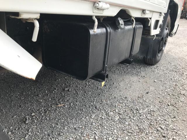 4WD 1.5t 平ボディ ディーゼル 5速マニュアル車(16枚目)