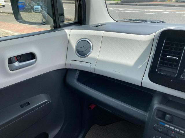 S アイドリングストップ エンジンプッシュスタート アイドリングストップ スマートキー CDオーディオヘッドライトレベライザー 社外14インチアルミホイール(34枚目)