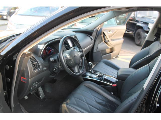 プレミアムPKG 4WD 黒革 サンルーフ クルコン ETC(10枚目)