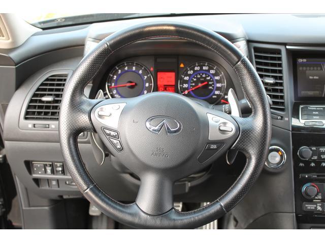 プレミアムPKG 4WD 黒革 サンルーフ クルコン ETC(14枚目)