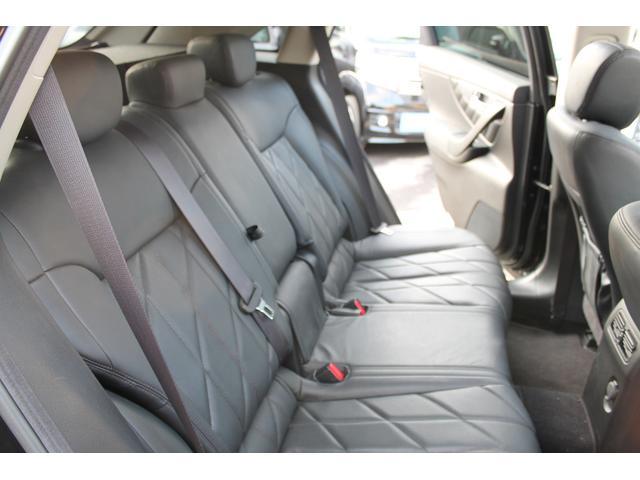 プレミアムPKG 4WD 黒革 サンルーフ クルコン ETC(19枚目)