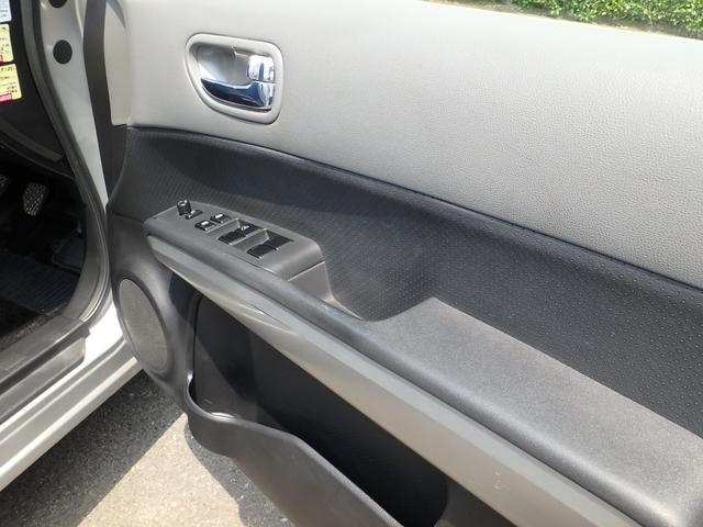 ご購入後の車検・オイル交換、タイヤ交換もお任せ下さい!その他、ナビ・ETC・ドライブレコーダーなど電装品取り付けもお気軽にどうぞ!ラスティ熊本は、ご購入後のお付き合いも大切に致します。