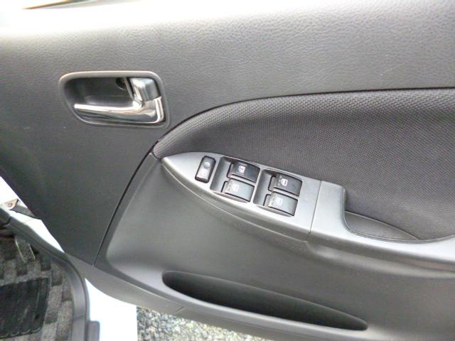 ダイハツ ムーヴ カスタム RS 4気筒ターボ 禁煙車