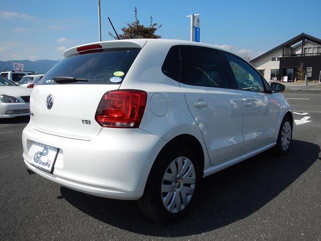 フォルクスワーゲン VW ポロ TSIコンフォートライン ワンオーナー CD