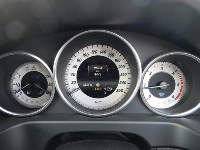 メルセデス・ベンツ M・ベンツ E220ブルーテック ステーションワゴン アバンG