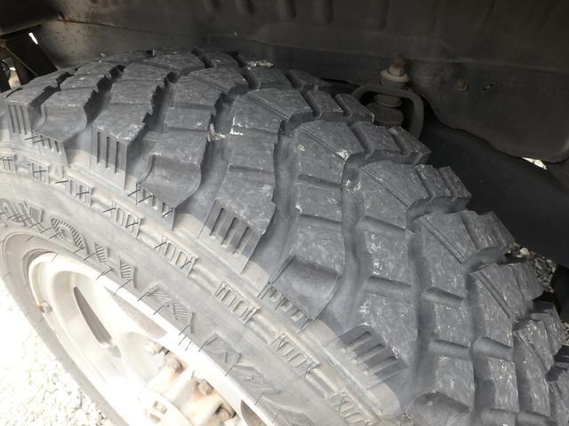 4WD ターボ 5速マニュアル MTタイヤ 社外マフラー(7枚目)