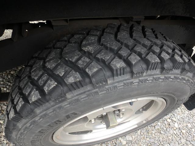 4WD ターボ 5速マニュアル MTタイヤ 社外マフラー(11枚目)