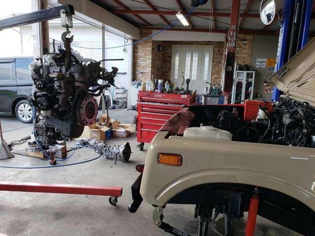 リビルトエンジン!!タービン・エアコンコンプレッサー・オルタネーター・スターターはリビルトにて交換しております。