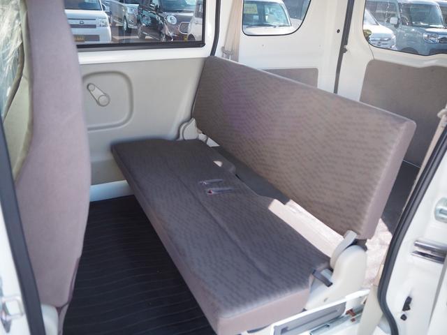 DX 禁煙車 エアバッグ パワーステアリング エアコン 両側スライドドア 純正FMAMラジオ(20枚目)