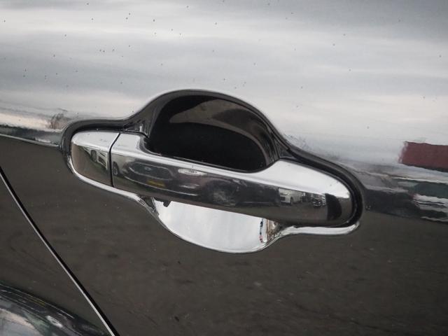 S 禁煙車 ブルートゥース対応ナビTV バックカメラ アイドリングストップ オートエアコン エアバッグ ABS プッシュスターター キーフリー バニティミラー ETC 車検整備付き(14枚目)