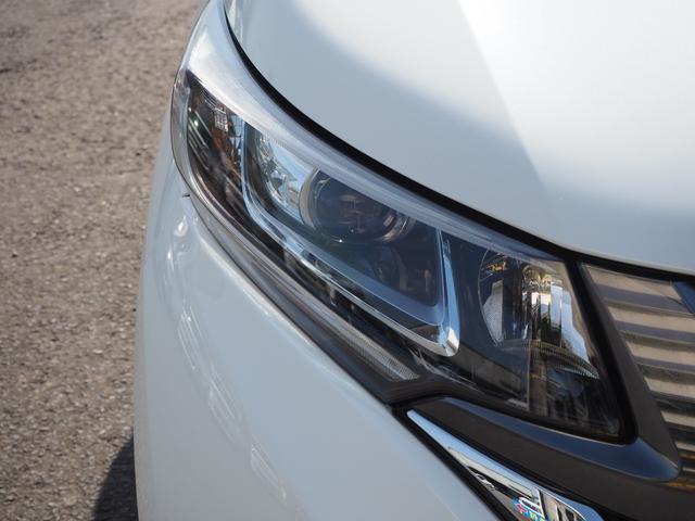 ハイブリッド・G 禁煙車 両側電動スライドドア メモリーナビTV バックモニター HIDヘッドライト スマートキー ETC バニティミラー アームレスト 乗車定員7名(3枚目)
