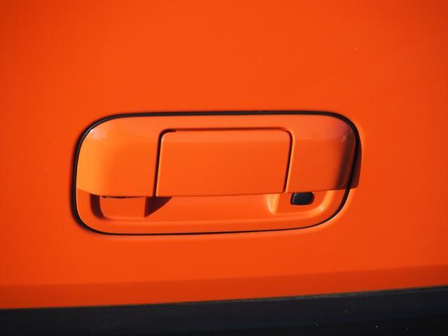 X 禁煙車 デュアルカメラブレーキサポート ナビTV バックカメラ ブルートゥース対応 シートヒーター アイドリングストップ プッシュスターター バニティミラー アームレスト HIDライト(24枚目)