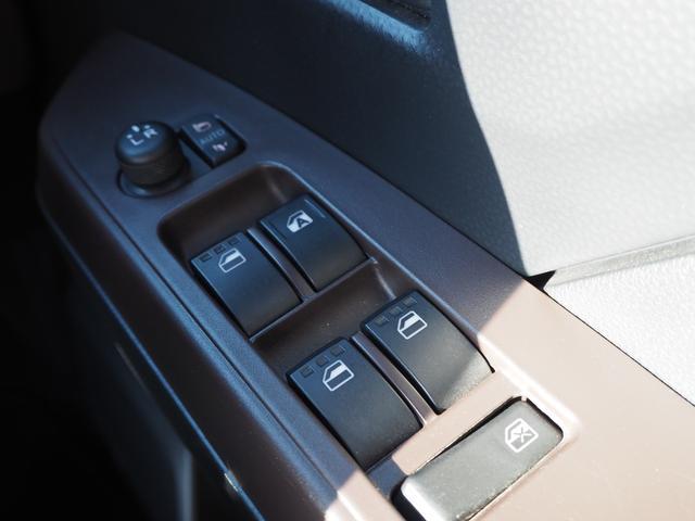X S 禁煙車 衝突被害軽減ブレーキサポート エンジンプッシュスタート スマートキー メモリーナビTV バックカメラ ブルートゥース対応 バニティミラー アイドリングストップ 電動スライドドア(56枚目)