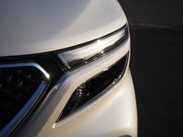 ハイブリッドMV 登録済未使用車 両側電動スライドドア デュアルカメラブレーキ LEDヘッドライト 純正アルミホイール エンジンプッシュスタート シートヒーター バニティミラー(5枚目)