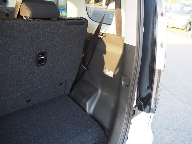 ハイブリッドMV 登録済未使用車 両側電動スライドドア デュアルカメラブレーキ LEDヘッドライト 純正アルミホイール エンジンプッシュスタート シートヒーター バニティミラー(31枚目)