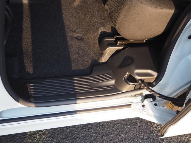 ハイブリッドMV 登録済未使用車 両側電動スライドドア デュアルカメラブレーキ LEDヘッドライト 純正アルミホイール エンジンプッシュスタート シートヒーター バニティミラー(43枚目)