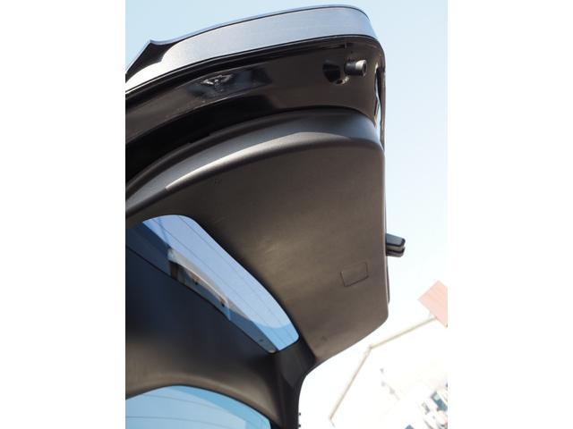 Sセーフティプラス 禁煙車 トヨタセーフティセンス ブルートゥース対応ナビTV バックカメラ ETC ハンドルスイッチ プッシュスターター オートエアコン オートライト オートクルーズ バニティミラー 純正フォグランプ(33枚目)