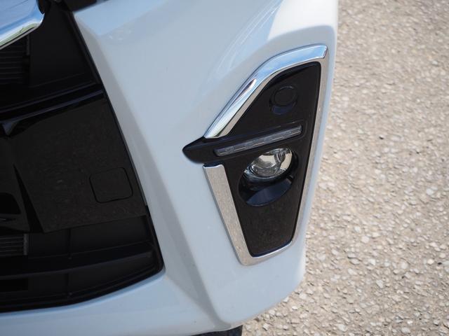 カスタムXセレクション 禁煙車 両側電動スライドドア 衝突被害軽減ブレーキサポート オートライト プッシュスターター LEDライト バニティミラー アームレスト シートヒーター(6枚目)