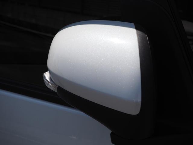カスタムXセレクション 禁煙車 両側電動スライドドア 衝突被害軽減ブレーキサポート オートライト プッシュスターター LEDライト バニティミラー アームレスト シートヒーター(10枚目)