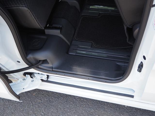 カスタムXセレクション 禁煙車 両側電動スライドドア 衝突被害軽減ブレーキサポート オートライト プッシュスターター LEDライト バニティミラー アームレスト シートヒーター(20枚目)