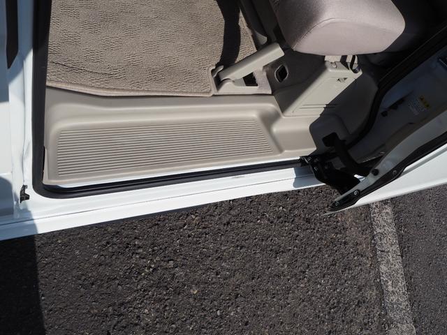 PZターボスペシャル 禁煙車 両側電動スライドドア ターボ車 ブルートゥース対応 メモリーナビTV キーフリー プッシュスターター オートエアコン オートライト オートステップ HID(42枚目)