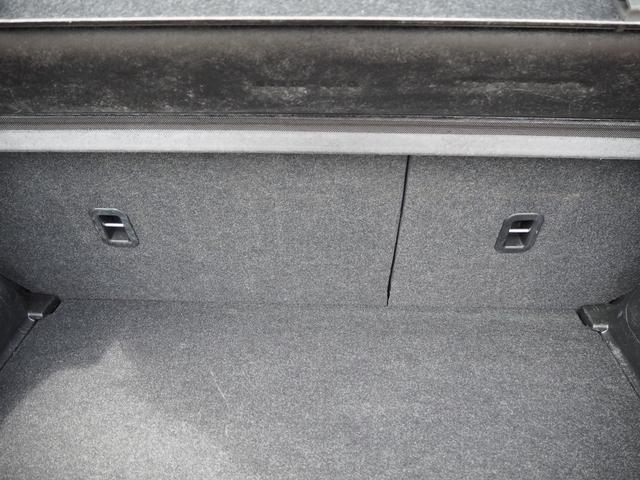 XG 禁煙車 ブルートゥース対応ナビTV エアバッグ ABS キーフリー   プッシュスターター バニティミラー オートエアコン(30枚目)